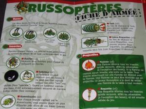 Tristan joue les roses Arachnoïdes tandis que je joue les verts Russoptères. Voici à quoi ressemblent les pouvoirs spéciaux de mes redoutables pions...