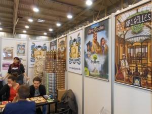 Le stand Pearl Games à Essen. Avec du Sold Out en devenir pour ce fameux Bruxelles 1893 qui aura emballé toute la tablée de joueurs...