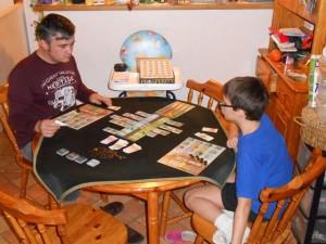 Ce jeu est vraiment très sympa à deux joueurs et nous passons un excellent moment entre père et fils...