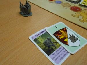 Convaincu que je devais faire attention, j'utilise ma carte Renégat pour me protéger (voir photo suivante). J'en avais besoin...
