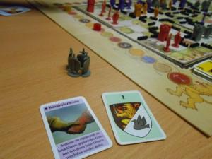 Je suis trop dégoûté !!! Je joue finalement ma carte d'Alliance au dernier tour, pour que Tristan ne m'agresse pas. Je vais perdre cette partie que je devais gagner si je n'avais pas oublié de jouer cette carte deux tours avant... Et que dire du roi qui ne veut pas mourir ?