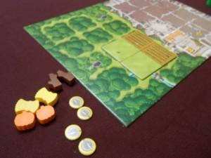 Lors du deuxième tour, je me débrouille pour récupérer exactement les mêmes biens et planter une nouvelle tuile de champ / prairie. Le tour suivant, oui, je devrais songer à planter mes précieuses semences...