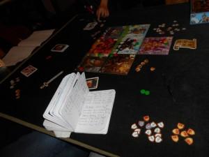 Petit décompte des PV positifs et négatifs de chacun, avec, une fois n'est pas coutume pour moi, plein de blasons obtenus sur les chevaliers, même sans y jouer trop de cartes...