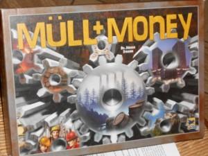 Ce jeu c'est un peu le symbole du XXème siècle avec sa frénésie du profit au détriment de la prise en compte écologique. Il est exactement dans la veine d'un Prosperity, mais celui-ci date de 2001...