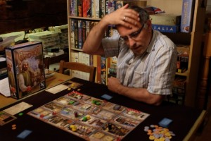 Le jeu prend-il déjà la tête ? Ah non, hein, M. Yohel, pas de blague, c'est un jeu cool, paisible alors vade retro l'analysis paralysis :-)