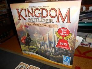 Spiel des Jahres voilà deux ans, ce Kingdom Builder est quand même bien réussi et franchement rapide...