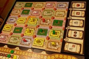 Vue finale du plateau avant remise des cartes bonus (à l'avantage de Tristan cette fois)...