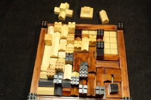 Le bilan est plus lourd pour Tristan, à qui il reste un total de 3 pièces pour une surface de 11 cases...