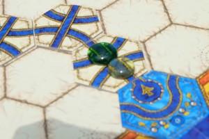 Petite illustration de ma part : deux pierres qui se rencontrent se détruisent ! Ca fait couiner autour de la table, mais il faut dire que l'on était très loin de mes sorties bleues...