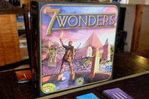 Retour de 7 Wonders + son extension Leaders sur la table, après presque une nouvelle année d'abstinence ! Que c'est bon ce jeu...