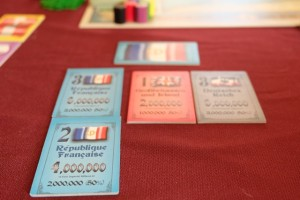 Pour contrôler la France, j'investis dans un deuxième titre bleu. Je vais enfin pouvoir influer sur le cours de la partie...