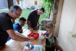 Yohel, Yann et moi-même, à notre tour en train d'en découdre avec nos souris maliGnes...