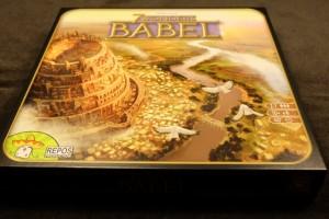 L'extension Babel contient deux extensions proprement dites. Histoire de prendre le temps de bien les découvrir séparément, nous nous attaquons à la première, la Tour de Babel, en n'utilisant que le jeu de base de 7 Wonders...