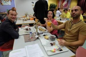 Le petit déjeuner du dimanche, en compagnie de Peio, Cécile et Xavier. J'aime Essen...