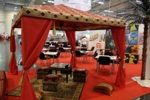 Mattel avait les choses bien : une tente orientale magnifique pour accueillir certains joueurs de Bania...