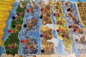 Les 5 péninsules de Grog Island une fois la partie terminée. Il va rester à marquer des points en fonction de nos cartes d'objectifs...
