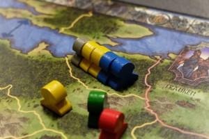 Voici le lieu du conflit : qui des gris, jaunes et bleus resteront présents sur cette province ? Bien malin qui pourrait le prédire, surtout avec notre Vincent border line ce soir et totalement imprévisible...