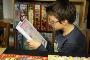 Une fois n'est pas coutume, c'est Tristan qui s'attelle à la ré-explication de la règle !