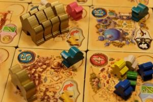 Et, pendant ce temps, Tristan poursuit sa main-mise sur les palais pour sa fameuse case... Sinon, enfin, j'ai commencé à poser du chameau, il était temps !