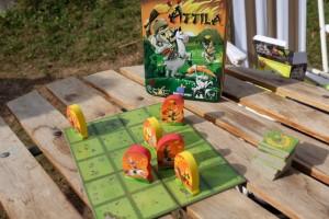 Petite partie d'Attila au soleil : le jeu des Huns et des autres... ;-)