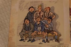 Si vous avez aimé la photo précédente (avec la couverture de la boîte, vous devriez adorer celle-là : ce sont les mêmes hommes, mais avant la guerre, à l'époque où ils n'étaient pas encore mobilisés. J'ai adoré comparer leurs bouilles...