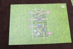 Le problème n°10 sur cette photo. Tiens, certains se demandent peut-être la raison des grands espaces verts sur chaque petit plateau. Sachez que c'est juste parce que, plus les problèmes avancent, plus on aura de tuiles à poser et donc il faut de la place...