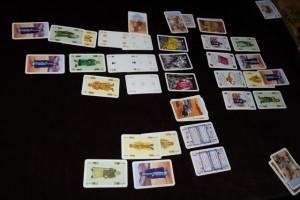 Et voilà ce que cela donne ! A noter qu'on a même joué visibles toutes nos cartes du tour entier (les 5 donc) alors qu'on aurait dû n'en jouer qu'une seule. Mais bon, tant pis, c'est fait et c'était plutôt violent...