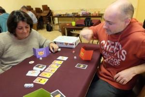 Le jeu est fun, ce qui est souvent le cas avec les jeux de bluff pur et de dés comme celui-ci...