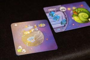 Je viens de récupérer cette carte de planète, qui vaut 1PV en la payant 1 cristal seulement (le dé indiquait 3 mais le pouvoir de la carte est d'en reprendre 2). Jeu de gestion et à combos de cartes, hein, quand même...