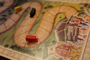 Lors de la production du dernier tour, avant la mendicité, Pierre s'arrête à quelques 7 cases de Cluny, ce qui l'aurait prémuni des attaques à venir... Ca va saigner !