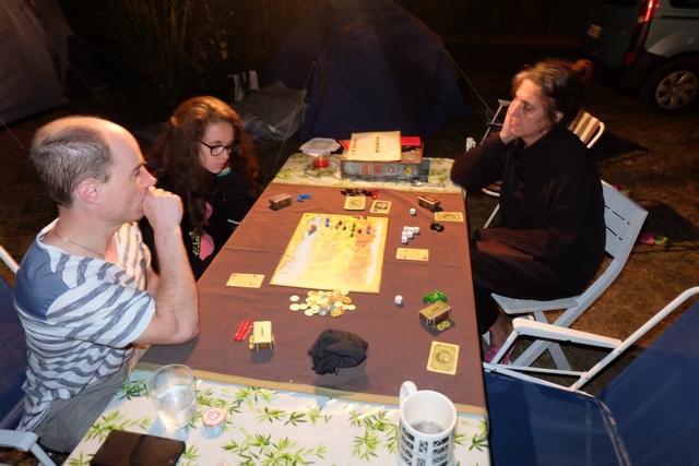 A 4 joueurs, ce jeu bien taquin nous permet de passer un bon moment...