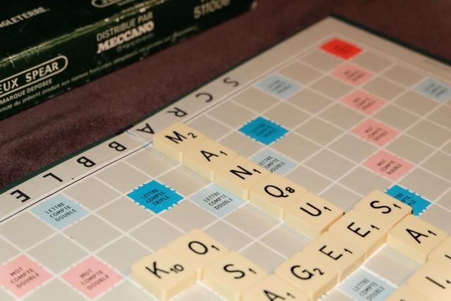 Voilà, c'est là : je place MANQUE sur un mot compte triple, avec le Q en lettre compte double, pour un total de 66 points !