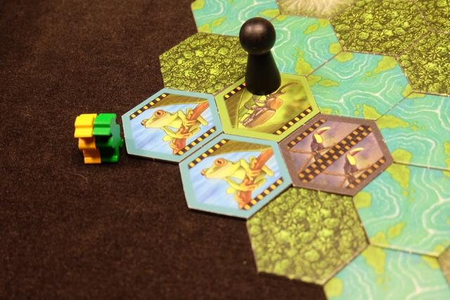 Notre expédition a progressé de 4 tuiles et Tristan décline encore la prise des tuiles. Allez, je me lance, je les prends !