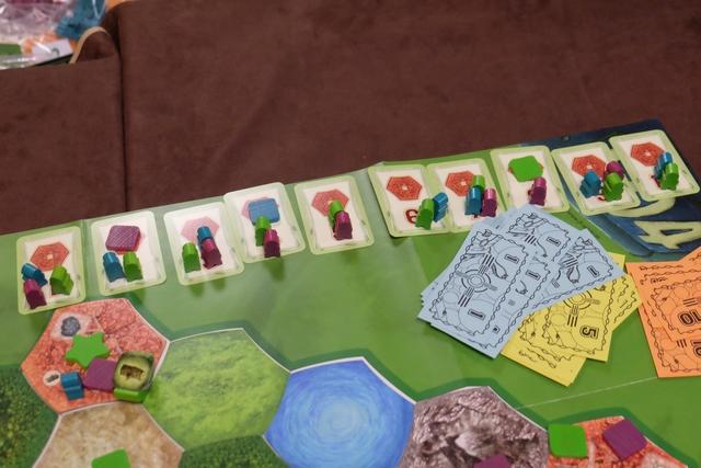 Petite vue des cartes de cités numérotées, avec donc 7 cités livrées par Jean-Luc et Angélique, contre les 9 pour moi !