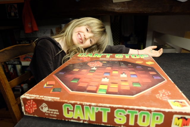 Et oui, retour à Can't Stop ! Il faut profiter que Leila en connaisse la règle et ait aimé le jeu...