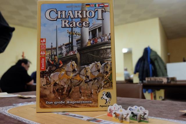 Chariot Race est clairement un jeu de course de chars où tout est permis... ou presque ! Parfait pour terminer l'après-midi.