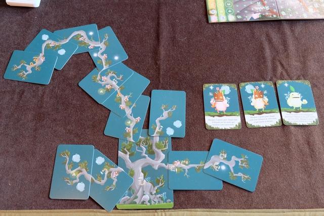 L'arbre final de Leila, laquelle a réussi à scorer régulièrement plus de PV que moi avec sa grande branche de fou... Par contre, pour les cartes kodama, c'est beaucoup moins lucratif...