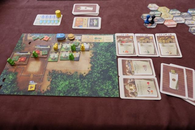 Les éléments de Maitena, avec deux citadins jaunes dont un au travail, et pléthore de cartes d'aménagement. Ça sent la victoire ou pas loin...