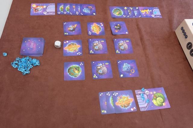 Partie terminée, l'un de nous ayant collecté 5 cartes. On va donc compter le nombre d'étoiles présentes sur les cartes pour déterminer le vainqueur.