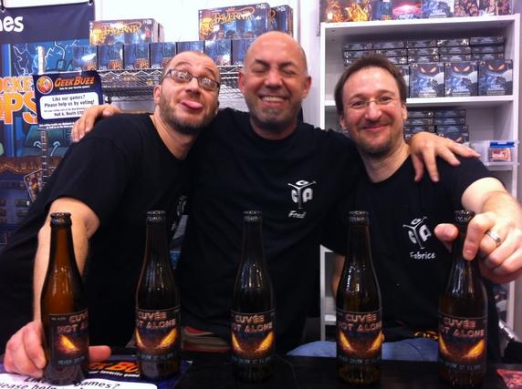 Les trois belges les plus fous du salon : Etienne Espreman, Frédéric Delporte et Fabrice Beghin. Merci à vous, vous êtes clairement not alone... ;-)