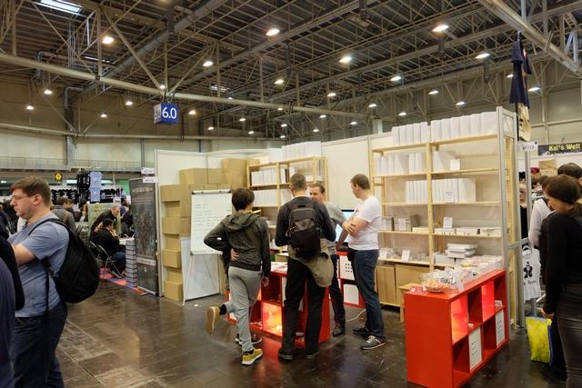 Un fabricant polonais, je crois, qui propose toute sorte d'éléments pour les auteurs qui voudraient assembler leurs prototypes ou les éditeurs en quête de nouveaux fournisseurs...