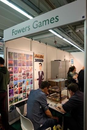 Un éditeur, Fowers Games, qui proposait de jolis jeux très typés graphiquement... J'ai rapporté Burgle Bros.
