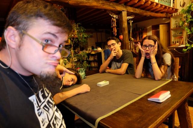 Afin de découvrir Fear, nous jouons à 4 joueurs : Tristan, Joris, Maitena et moi-même...