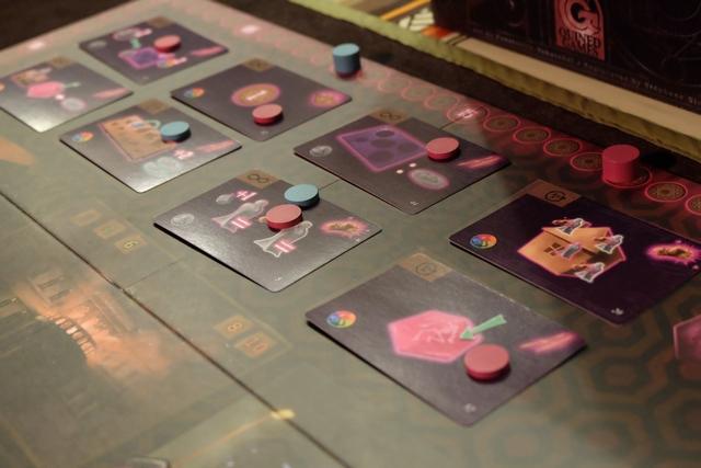 Et de 5 marqueurs placés sur les cartes actions ! Avec 10 PV d'avance sur Yann, malgré encore un tour à jouer pour lui, je suis assez serein...