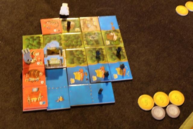 Le domaine de Tristan, pas vraiment carré mais ce n'est pas important dans ce jeu puisqu'il n'est jamais fait mention de variantes de bonification comme dans Kingdomino...