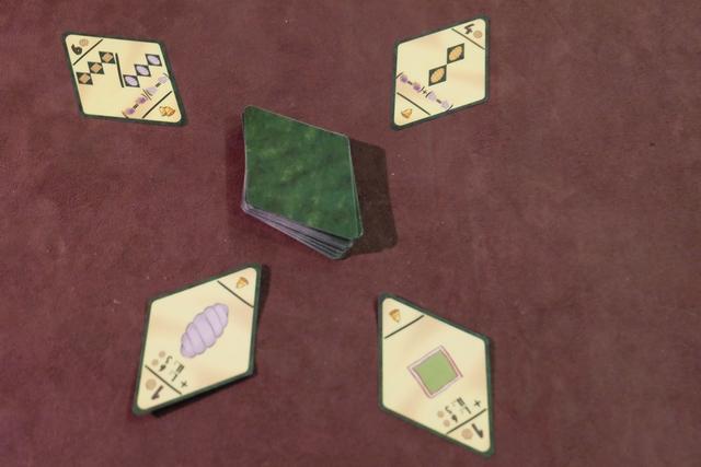 Les 4 cartes d'objectifs de la seconde manche, avec celle des torsades en ce qui me concerne...