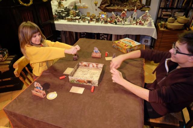 Tristan provoque Leila en duel de révolver en fin de la toute dernière manche...