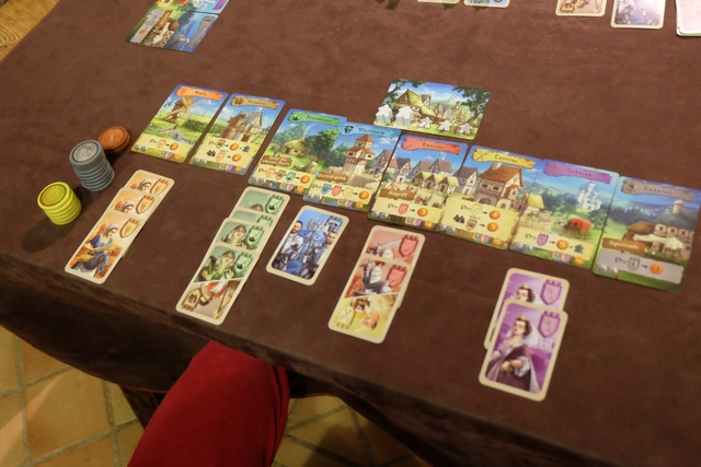 Le royaume de Leila, avec 5 types de cartes différents et aucun membre à l'hôpital : la sorcière, personnage qu'elle a affectionnée, lui a permis de les guérir...