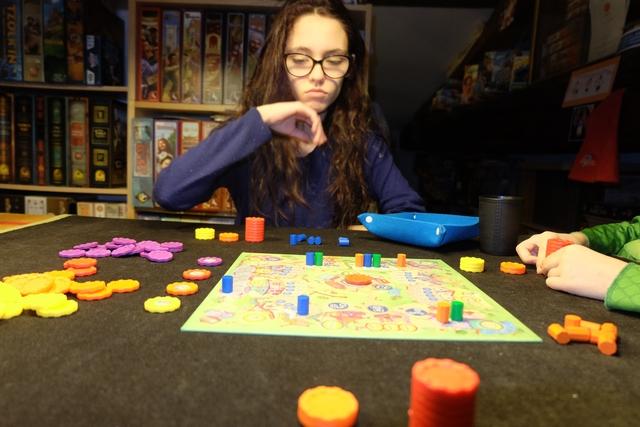 Quoi ??? On réfléchit à ce jeu Mademoiselle Maitena !!!
