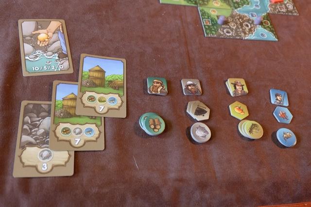 Maitena fait clairement peur avec ses cartes d'objectif à 7 PV et ses 5 séries de couleurs différentes ! Heureusement qu'elle n'a qu'une carte de pépite d'or...